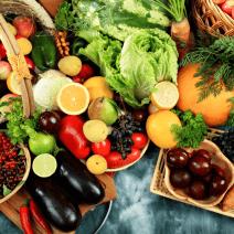 Кои са най-полезните витамини за очите