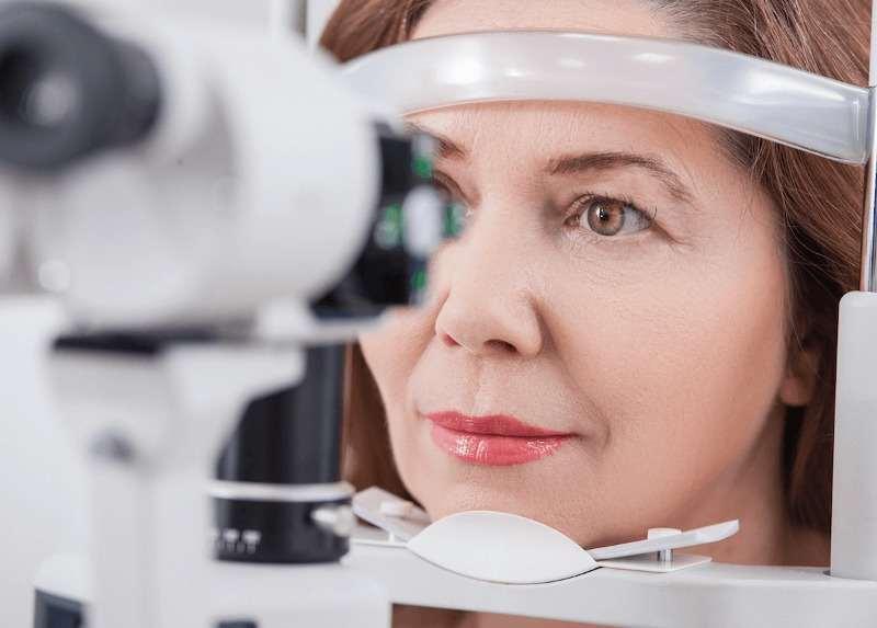 катаракта при млади хора