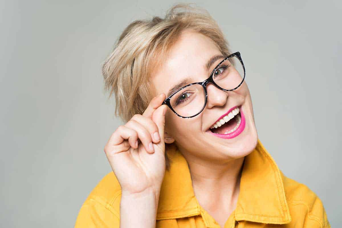 Добро зрение чрез поддръжка на контактни лещи и очила