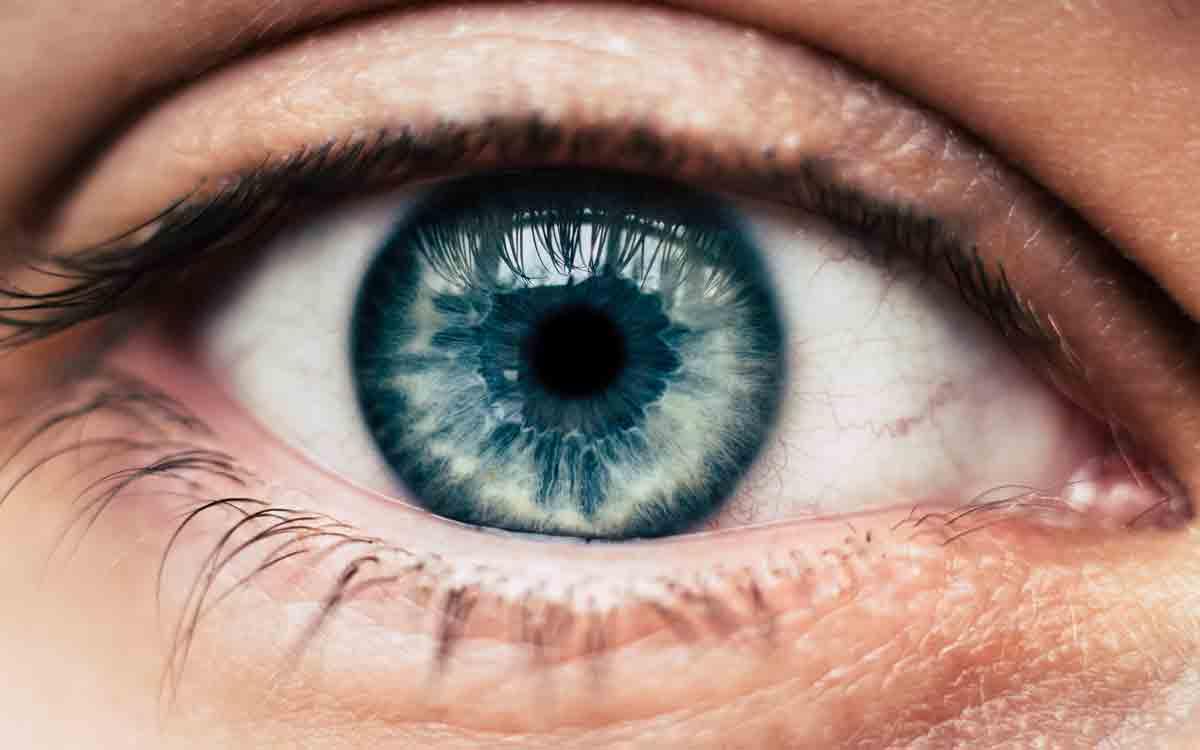 Сигнали за стареене на окото и риск от очни заболявания