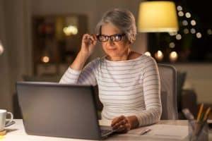Затруднено нощно виждане – повече за зрителния проблем