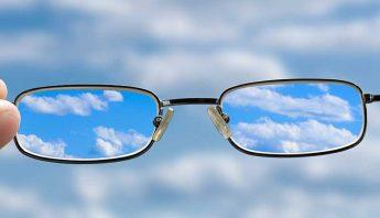 причини за размазано зрение